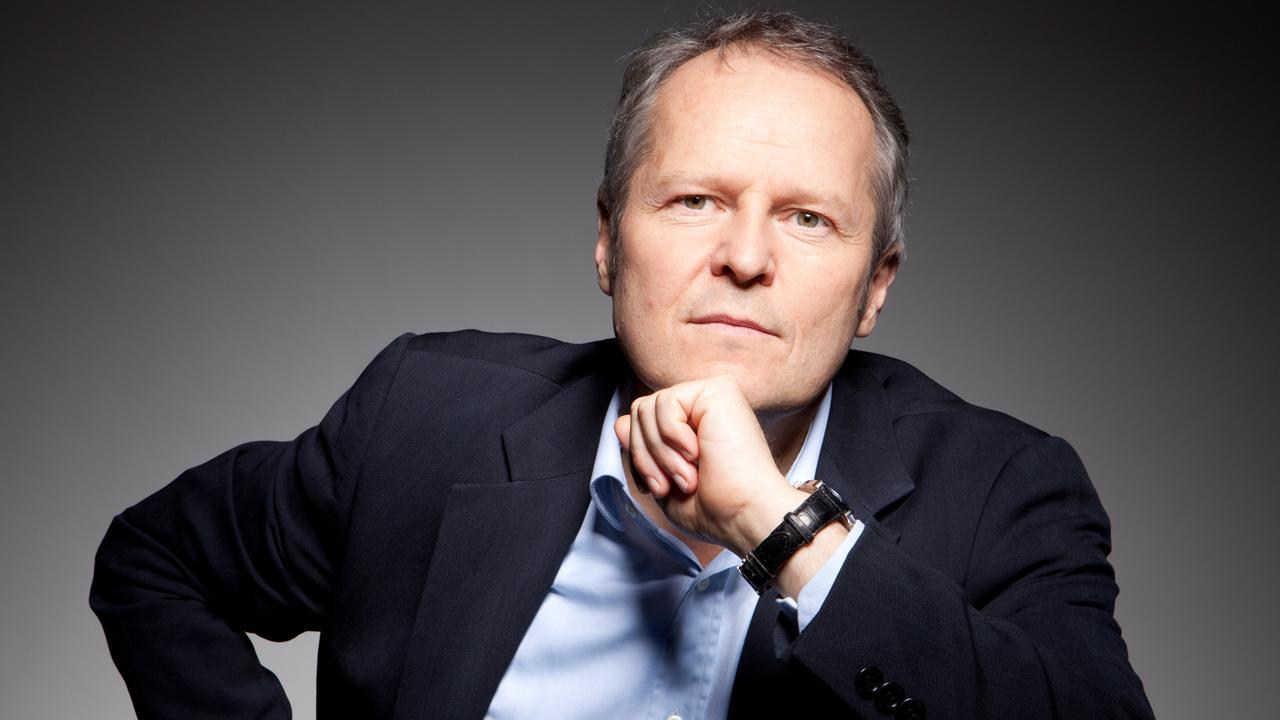 Yves Guillemont, Ceo von Ubisoft und Familie halten momentan 13,6 % der Firmenanteile.